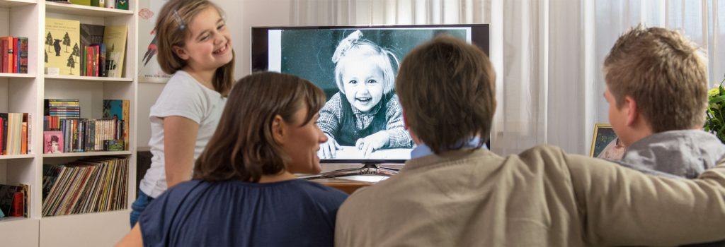fotos digitalisieren lassen mit gratis usb stick qualit t von mediafix. Black Bedroom Furniture Sets. Home Design Ideas