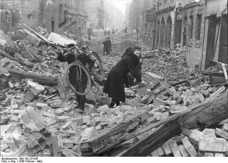 Bundesarchiv Bild 183 J31345 Berlin Zerstörung nach Luftangriff